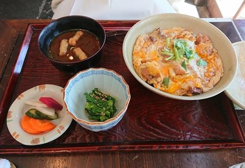 武相荘 太郎の親子丼