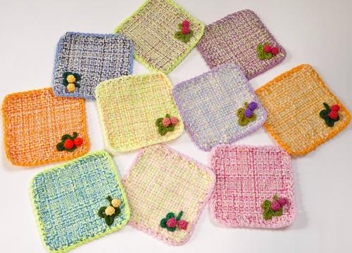 四角い織りのコースター
